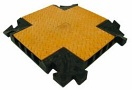 EUROLITE Protecție pentru cabluri cruce, 4 canale,  550x550